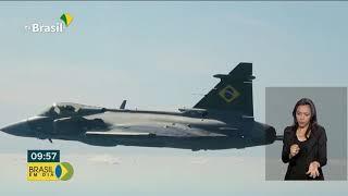 Suécia entrega primeiro avião caça