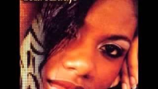Nao e Justo - Yola Araujo - African Love Songs - Nigeria, Naija Music - www.NigerianLove.com