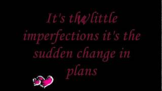 Brad Paisley- Little Moments Lyrics