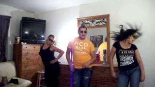 Papa Americano ft Pitbull dancing