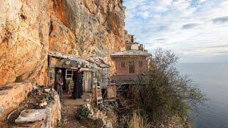 The Hermits of Karoulia of Mount Athos