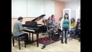 Por Amarte Asi - Christian Castro (by Cristina Cimadevila) Escola Estudos Musicais Allegro.T