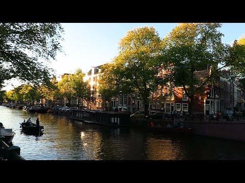 Canals of Amsterdam | Amsterdamse grachten photo
