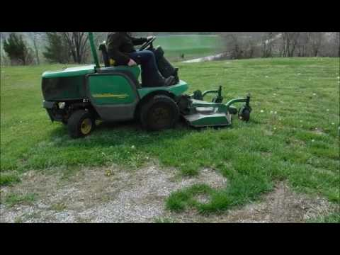John Deere 1445 Series II lawn mower for sale | no-reserve Internet auction May 2, 2017