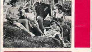 """José Afonso - """"Coro dos Caídos"""" do disco """"Cantares de José Afonso"""" (1ª edição, EP 1964)"""
