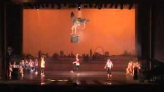 """Espetáculo """"Love"""" - Street-dance Infantil (Professora Ilana Souza)"""