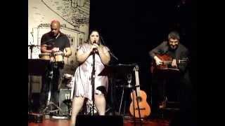 Castigo - Andressa Moreira (cover Zizi Possi)