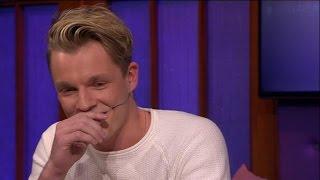 Enzo Knol openhartig over moeilijke jeugd - RTL LATE NIGHT