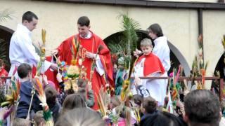 Święcenie palm wielkanocnych w koście Św. Antoniego w Pile