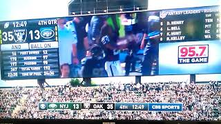 Marshawn Lynch Going HYPHY Raiders Game, (Keak Da Sneak - Super Hyphy Mixed)