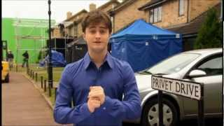 Creating the World of Harry Potter - Introduction by Daniel Radcliffe (HD)