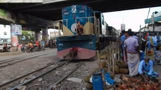Most Dangerous Train Crossing Dhaka, Bangladesh
