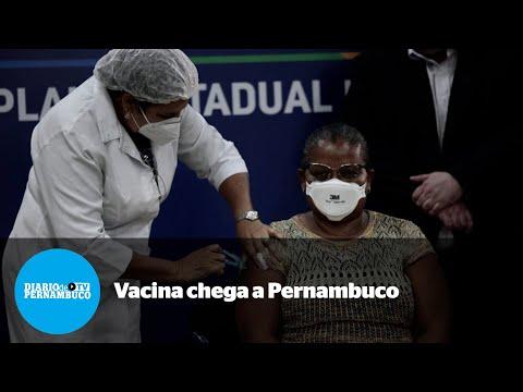 Técnica em enfermagem é a primeira pessoa vacinada contra a Covid-19 em Pernambuco