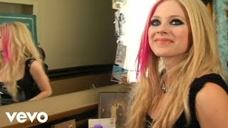 "Avril Lavigne - ""Hot"" Behind The Scenes Web.2"