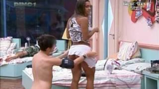 Big Brother Brasil 10 - A rabuda da Elaine com safadeza