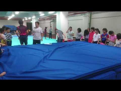 體育練跳高基本動作 - YouTube
