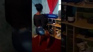 Dançando MC Lan rabetao