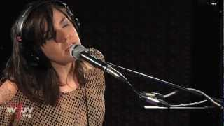 "Emily Wells - ""Fever"" (Live at WFUV)"