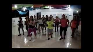 Zumba- Feira de Mangaio Coreografia Tatiane Martins