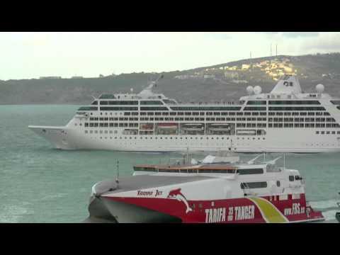 Kreuzfahrtschiff Ocean Princess sticht in See und verlässt Marokko