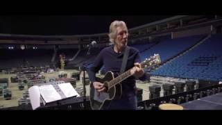"Roger Waters Us + Them tour - ""Arenas"""