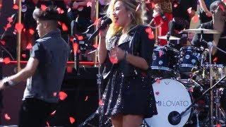 Demi Lovato VMA Pre-Show Performance - Give Your Heart a Break