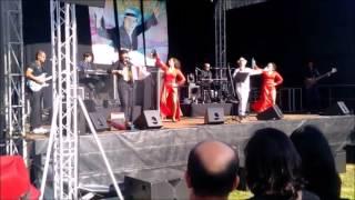 Sharah Bahya Shows com Artista Carlos Soutelo