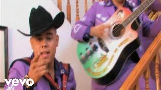 Los Cuates de Sinaloa - Me Haces Falta