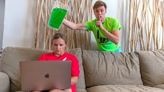 SLIME PRANK ON MOM!! (SHE WAS SO MAD) width=