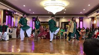Best mehndi dance 2018 pakistani wedding dance billo hai