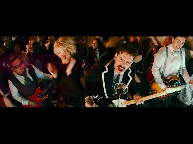 """""""Growing To Your Chest"""" es el sencillo seleccionado por Blues & Decker para dar a conocer su disco """"From the men we are"""". Realizado por Marcos Pérez (Hestia Films), recientemente nominado a los premios AMAS por su trabajo audiovisual, pretende mostrar simplemente la alegría del tema, uno de los más vitales del nuevo LP de la banda.  El nuevo trabajo discográfico de los asturianos ha sido producido por el madrileño Isaac Rico (Havalina, Le Punk, Sexy Zebras, Pablo Galiano…) Fue grabado en los Estudios Acme de Miguel Herrero en Avilés el pasado verano y masterizado por Matthew Brown en los estudios Big House en Hannover."""