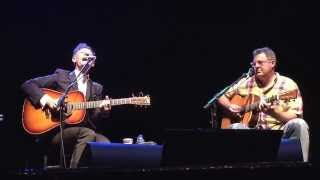 Lyle Lovett and Vince Gill sing Give Back My Heart in Glendale, PA