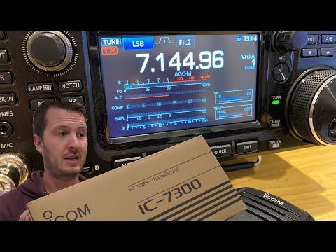 My Thoughts and Review of the Icom IC-7300 - The Best HF/6m Ham Radio!
