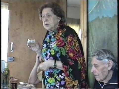 Лариса Леонидовна Артынова рассказывает о себе