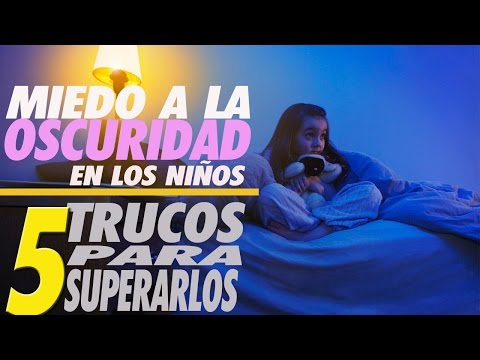 Entre La Noche Y La Pared de Nictofobia Letra y Video