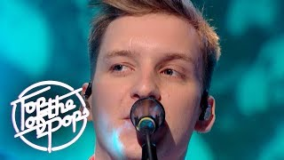 George Ezra - Shotgun (Top Of The Pops Christmas 2018)
