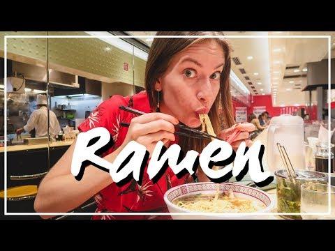 Trying Ramen Noodles in Osaka, Japan 🍜