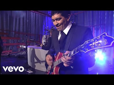 foo-fighters-times-like-these-live-on-letterman-foofightersvevo