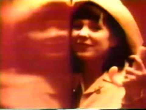 throwing-muses-bright-yellow-gun-music-video-codesamurai7