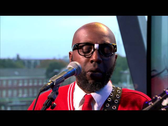 Mr. Sipp 'the Mississippi Blues Child' - Jump The Broom (live @Bimhuis Amsterdam)