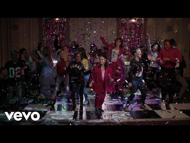 Video oficial de la canción de Happy New year de The big moon