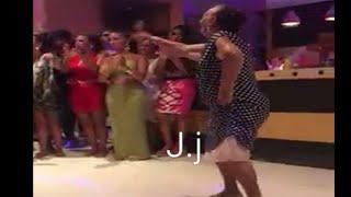 Gitana bailando rumbas con mucha gracia 2017