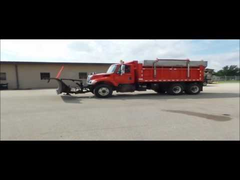 2003 International 7500 dump truck for sale | no-reserve Internet auction October 19, 2016