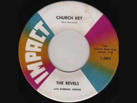 the-revels-church-key-raggmunkoflask