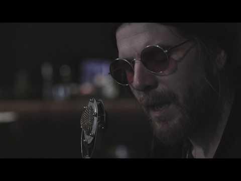 """Jonathan Wilson - """"69 Corvette"""" (Acoustic session live at VEGA)"""