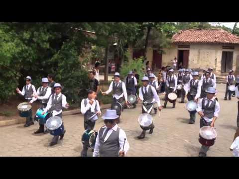 Desfile Día d la independencia la paz centro León Nicaragua