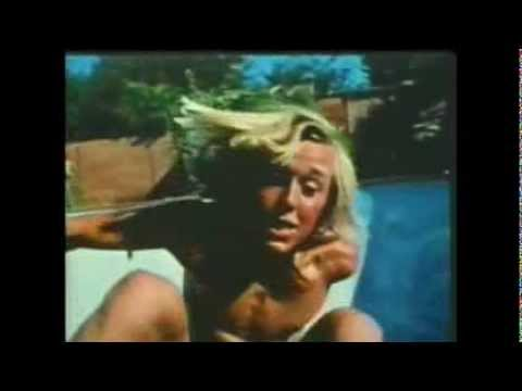 cate-le-bon-are-you-with-me-now-unofficial-video-0ldfinger