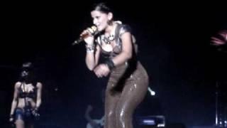 Nelly Furtado - I´m Like a Bird (Live in Salinas Ecuador)