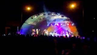 Vinobranie Modra 2010  - Kmeťo-band / Dnes vecer Vam zabavu hrame !! :-)
