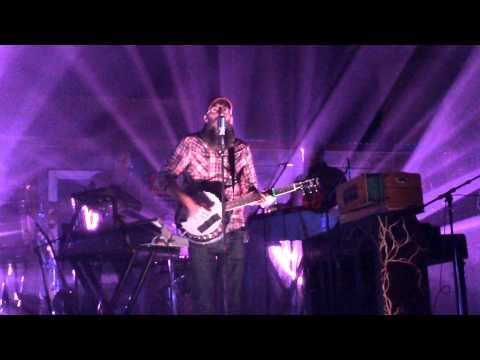 crowder-heres-my-heart-neon-steeple-tour-evoulie